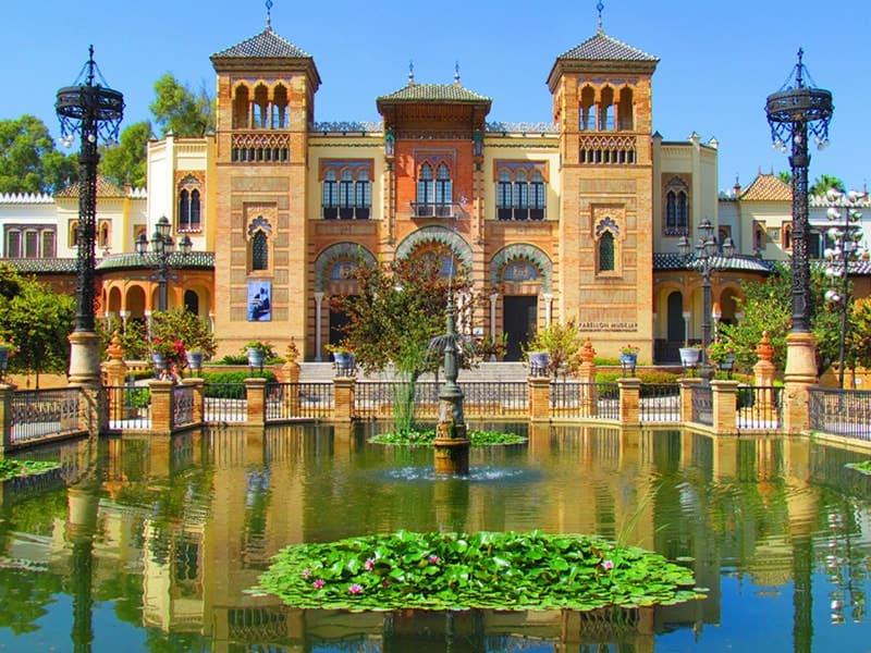 Cảnh quan công viên Parque de Maria Luisa (thành phố Seville, Tây Ban Nha)