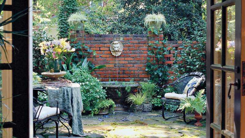 mẫu sân vườn kiểu dáng Địa Trung Hải