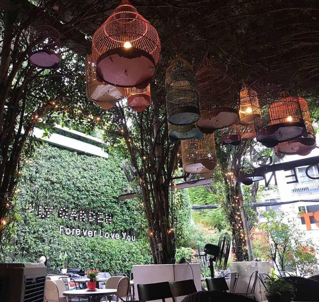 Thiết kế sân vườn quán cafe đồng quê
