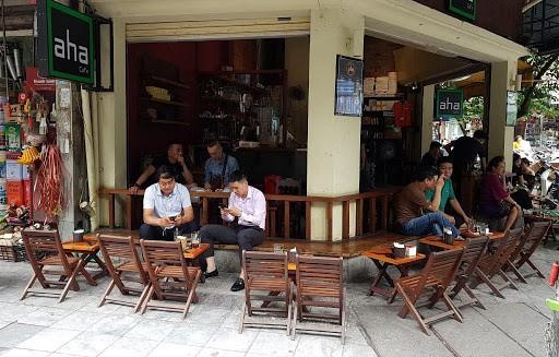 Thiết kế sân vườn quán cafe phong cách truyền thống