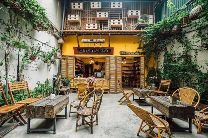 Thiết kế sân vườn quán cafe Vintage