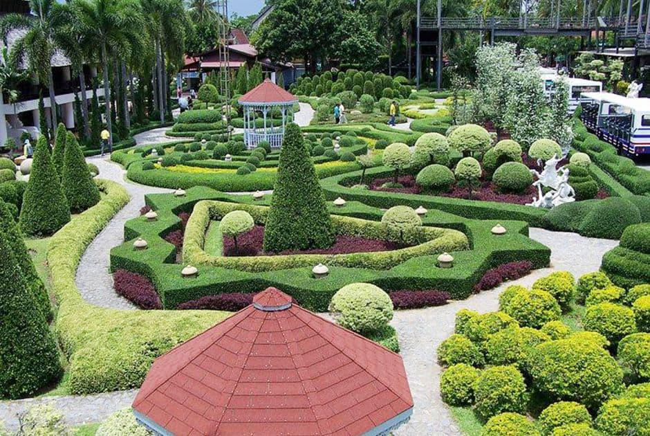 sân vườn thiết kế kiểu dáng châu Âu